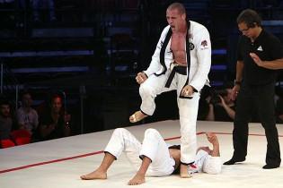 VIDEÓ: Lovato kivégzi második MMA-s ellenfelét is