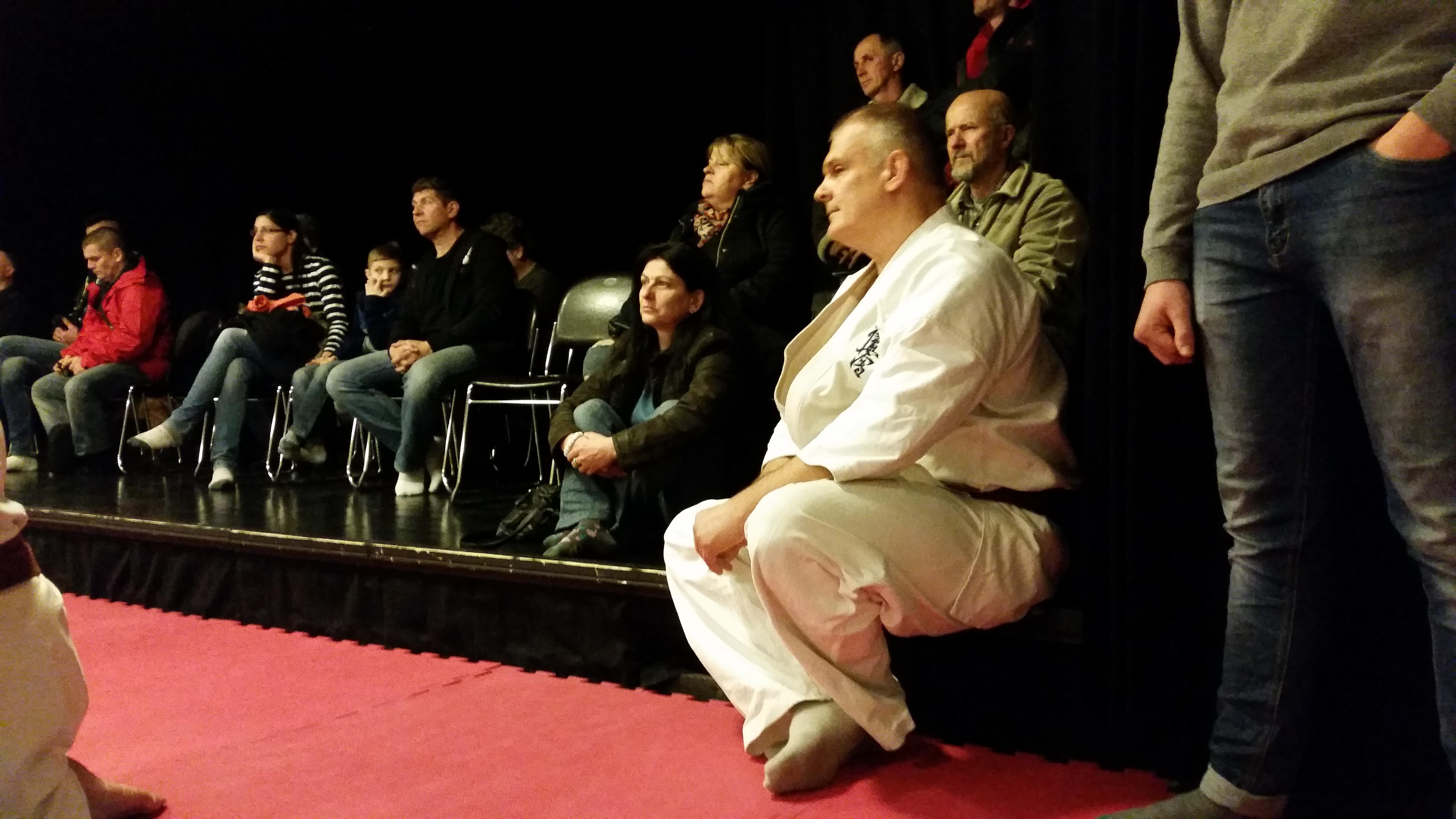 Wátz Gábor a közönség soraiból figyelte az edzést