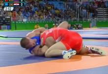 Elvérzett az elődöntőben, döntőt nyert – újabb vitatott eset az olimpián