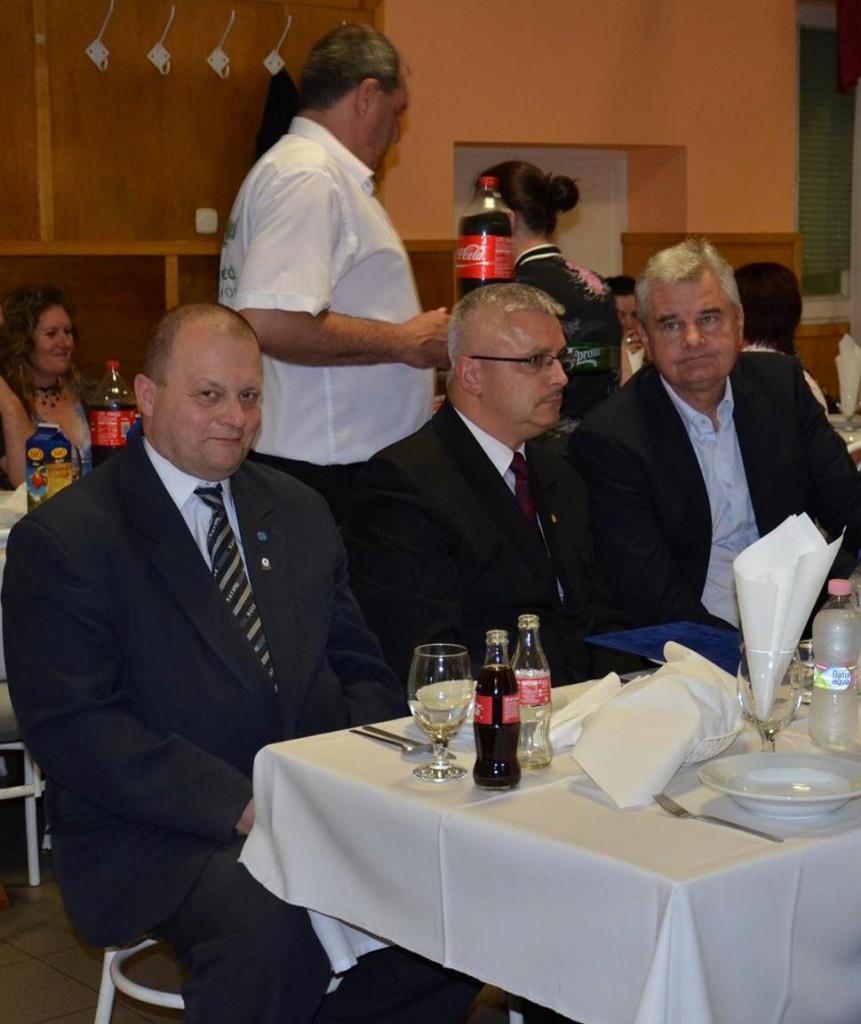 Balról:Gregor László, Szebellédi Zoltán polgármester, Vantara Gyula országgyűlési képviselő