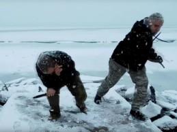 Két magyar mester mutatja meg az Espada y Daga csínját-bínját a jeges Balatonon (videó)