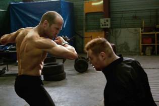 Kíváncsi, hogyan edz Jason Statham? Megmutatjuk!