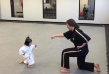 Három éves taekwon-dós lányka hódít a neten