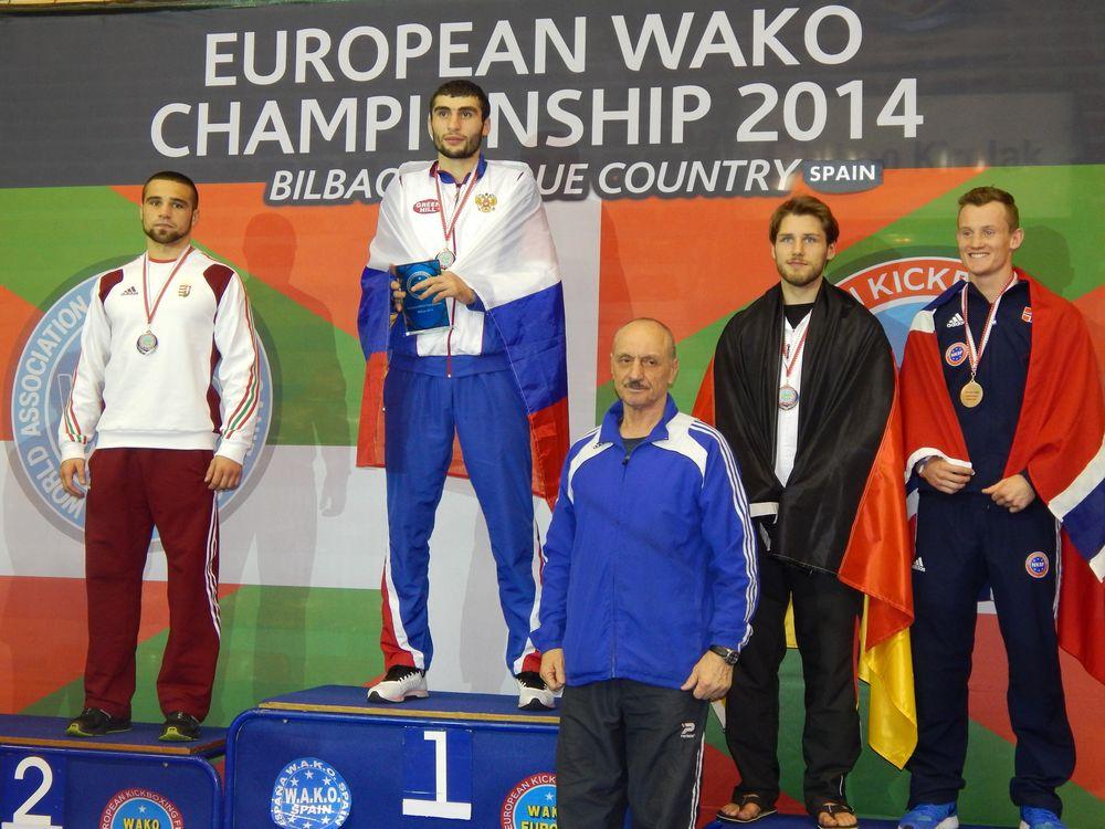 Laszák Zoltán (balra) ezüstérmet szerzett